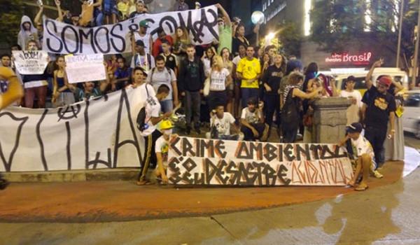 pichadores - vereador Arnaldo Godoy